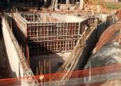 17/05/19 - Vista da execução da estrutura do reservatório inferior.
