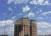 18/11/19 - Vista da obra durante a execução da estrutura do 12º andar na projeção da torre