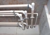 16/12/19 - Detalhe dos coletores hidráulicos do 1° subsolo na área da projeção da torre.