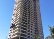 18/06/20 - Vista da torre durante a execução da estrutura de pilares do 26° pavimento.