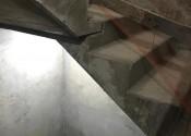 13/08/20 - Detalhe da regularização de parede de escada do 23° pavimento.